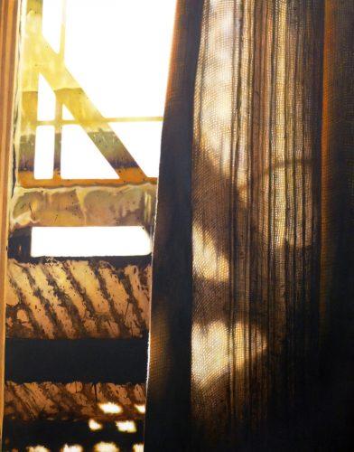 Elf uur, half gordijn. Acryl op katoen. 150 bij 120 cm 2012